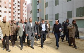 """وزير الإسكان يتفقد أعمال تنفيذ 4700 وحدة بمشروع """"المحروسة 1و2"""" لخدمة أهالي المناطق العشوائية"""