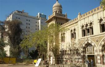 وزير قطاع الأعمال العام يتفقد أعمال تطوير مبنى مدينة غرناطة الأثرية