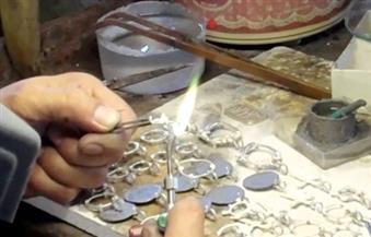 رئيس شعبة الحلي: تدريب طلاب التعليم الفني على صناعة المعدن الأصفر وتوظيفهم بـ1200 جنيه شهريا بالورش