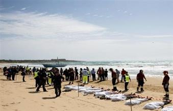 انتشال 74 جثة لمهاجرين غير شرعيين جرفتها مياه البحر المتوسط على شواطئ ليبيا