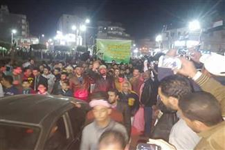 بالفيديو.. الآلاف يؤدون صلاة الجنازة على الشيخ عمر عبد الرحمن بالدقهلية