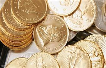 الذهب يرتفع والدولار يتراجع بعد محضر البنك المركزي الأميركي