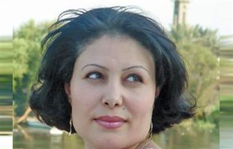 """منصورة عز الدين: المذبحة مضمرة في """"أخيلة الظل"""".. والكتابة لا يمكنها الانفصال عن الواقع"""
