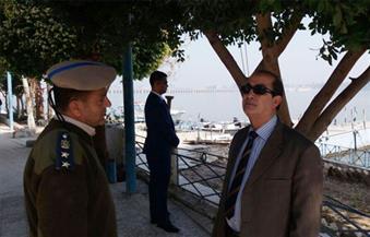 بالصور. .مساعد وزير الداخلية يفاجئ مواقع أسيوط الشرطية بالزيارة