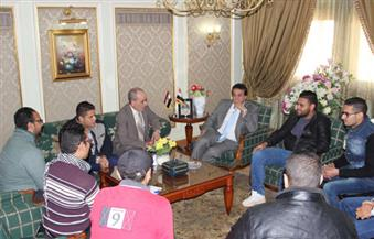 بالصور.. وزير التعليم العالي يلتقى طلاب العريش.. واجتماع للجامعات الخاصة لحل أزمة جامعة سيناء