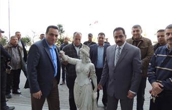 """بالصور.. """"أمن الإسكندرية"""" يعثر على تمثال """"أنطونيادس"""" بالموقف الجديد"""