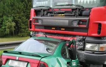 كثافات مرورية بكوبري زهراء المعادي نتيجة تعطل سيارة نقل
