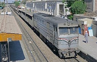 قطار جديد يدخل خدمة النقل من ميناء دمياط