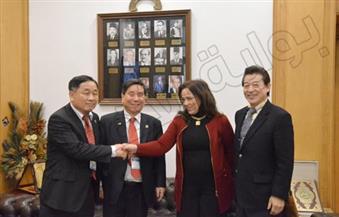 بالصور .. وفد من كوريا الجنوبية يلتقى شباب المنتجين لدعم الصناعات الصغيرة