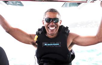 """بالفيديو ..أوباما يعيش حياة """"المليارديرات"""" ويركب الأمواج في جزر العذراء"""