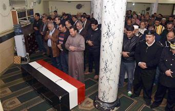 بالصور.. تشييع جثمان الشهيد الملازم أول عبد الناصر جابر في جنازة عسكرية بالإسكندرية