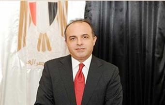 سفير مصر لدي الإمارات يبحث التعاون الثنائي مع وزير الموارد البشرية والتوطين
