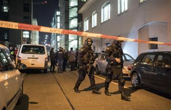 الشرطة السويسرية تفض اشتباكات المشجعين بالغاز المسيل للدموع بعد مباراة بالدوري