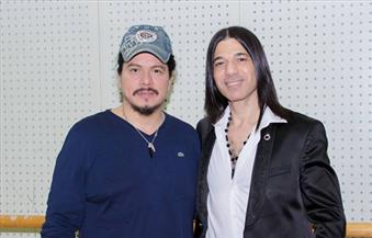 مناظرة بالأوبرا بين عماد حمدي عازف الجيتار المصري والمكسيكي باكو رينتيريا
