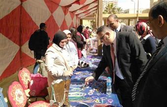 """جامعة الإسكندرية تفتتح معرض """"صنع في مصر"""" لمنتجات مصنوعة بأيدي الطلاب"""