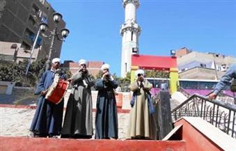 بالصور.. سوهاج تستقبل 3 بواخر سياحية بالمزمار والطبل البلدي