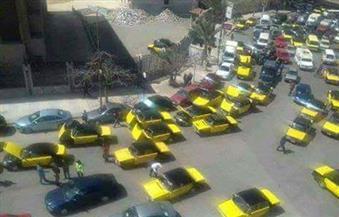 """سائقو """"التاكسي"""" بالإسكندرية يتظاهرون ضد """"أوبر"""" و""""كريم"""" ويطالبون بوقف تراخيصها"""