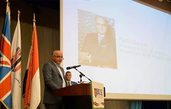 """بالصور.. بحضور خبراء عالمين ومحليين.. """"التقدم بمستوى صناعة البترول"""" في مؤتمر طلابي بالجامعة البريطانية في مصر"""