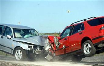 """إصابة 5 أشخاص فى تصادم سيارتين بطريق """"القاهرة- السويس"""" الصحراوى"""