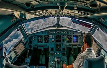 مختل عقليا حاول دخول قمرة قيادة طائرة متجهة من فرنسا إلى المغرب