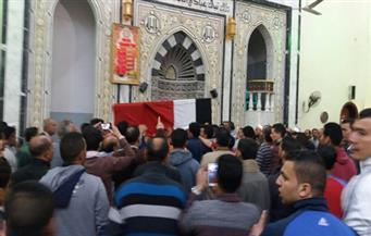 """أهالي """"ميت الكرماء"""" يشيعون جثمان الشهيد محمود أبو غطاس بالدقهلية"""