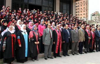 بالصور.. رئيس جامعة طنطا يشهد تخريج الدفعة 39 من كلية طب الأسنان
