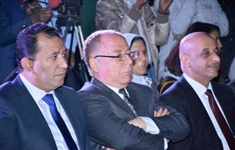 """وزير الثقافة يتابع احتفالات """"الأقصر عاصمة الثقافة العربية"""" بساحة معبد الكرنك"""