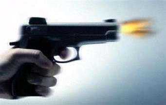 مصرع مواطن تم التحفظ عليه في قضية نفقة بعد إطلاق مجهولين النار علي سيارة شرطة