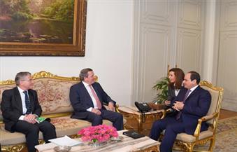 السيسي يستقبل المستشار الألماني السابق.. ويؤكد حرص مصر على مواصلة الارتقاء بالتعاون الثنائي بين البلدين