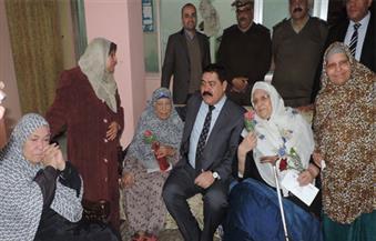 بالصور.. مدير أمن الدقهلية يزور دارًا لرعاية المسنين بمناسة الاحتفالات بعيد الأم