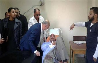 """بالصور.. سكرتير عام محافظة شمال سيناء يزور مصابي """"الكهرباء"""""""
