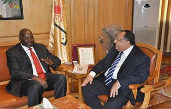 بالصور.. سفير جمهورية جنوب السودان في ضيافة جامعة حلوان