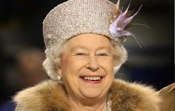 """حساب سري للملكة إليزابيث على """"فيسبوك"""""""