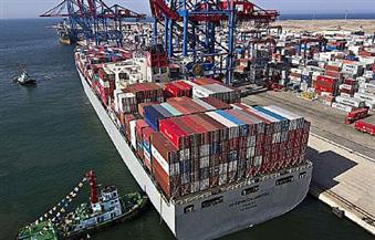 إغلاق ميناء السويس والزيتيات للوحدات البحرية الصغيرة وانتظام الملاحة للوحدات الكبيرة