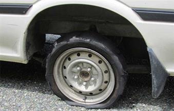 إصابة 5 أشخاص أعلى  الدائري فى  حادث انفجار إطار سيارة