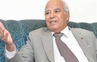حفل تأبين الدكتور طاهر مكي غدًا الأربعاء بالصحفيين