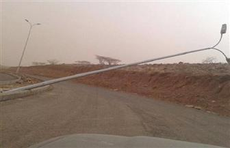 """بسبب الرياح الشديدة.. سقوط 3 أعمدة إنارة بطريق """"القاهرة-الفيوم"""" الصحراوي"""