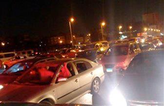 كثافات مرورية عالية بكوبري أكتوبر بسبب تعطل لوري شرطة