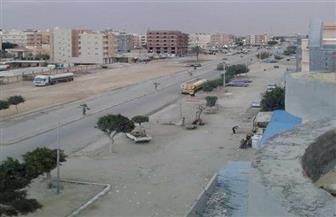 بالصور..ازدواج ورصف وتشجير وإنارة شارع الإسكندرية بمطروح قبل الصيف