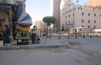 بالصور..غلق الشوارع ومنع وقوف السيارات لتأمين الكنائس في مطروح