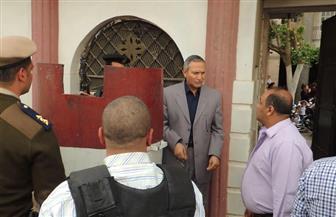 مدير أمن سوهاج يتفقد الخدمات الأمنية على الكنائس