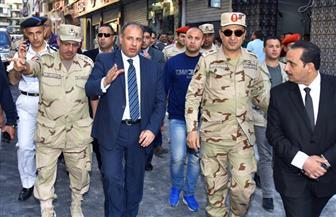محافظ الإسكندرية يتفقد عددًا من الكنائس والشوارع المحيطة بها لمتابعة الحالة الأمنية