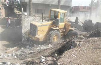إزالة عقار مخالف من 14 طابقًا.. ووقف أعمال بناء مخالفة في حي الزيتون