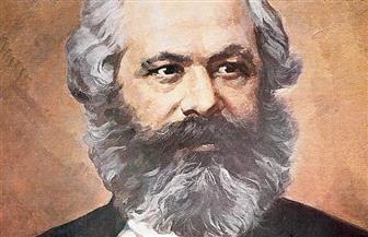 وزير المالية الألماني يكرم كارل ماركس بوضع صورته على طابع بريد تذكاري