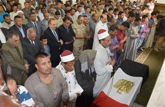 أهالي بني سويف يشيعون جنازة شهيد الواجب بسيناء يتقدمهم المحافظ والقيادات الأمنية | صور