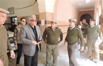 بالصور.. مدير أمن البحيرة يتفقد الخدمات الأمنية بمحكمة إيتاي البارود
