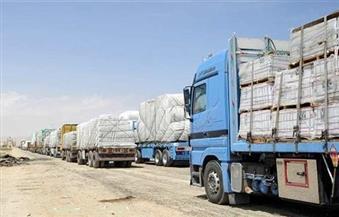 إنهاء إجراءات سفر 227 شاحنة نقل بضائع تصدير مصرية إلي الجانب الليبي