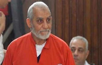 """تأجيل محاكمة بديع بـ"""" أحداث قسم العرب"""" لـ ١٨ إبريل"""