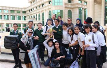بالصور.. جامعة أكتوبر للعلوم تُنظم معرض الابتكارات لطلاب المدارس