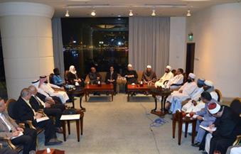 وزير الأوقاف يطالب الإعلام بالاهتمام بالمسابقات الدينية